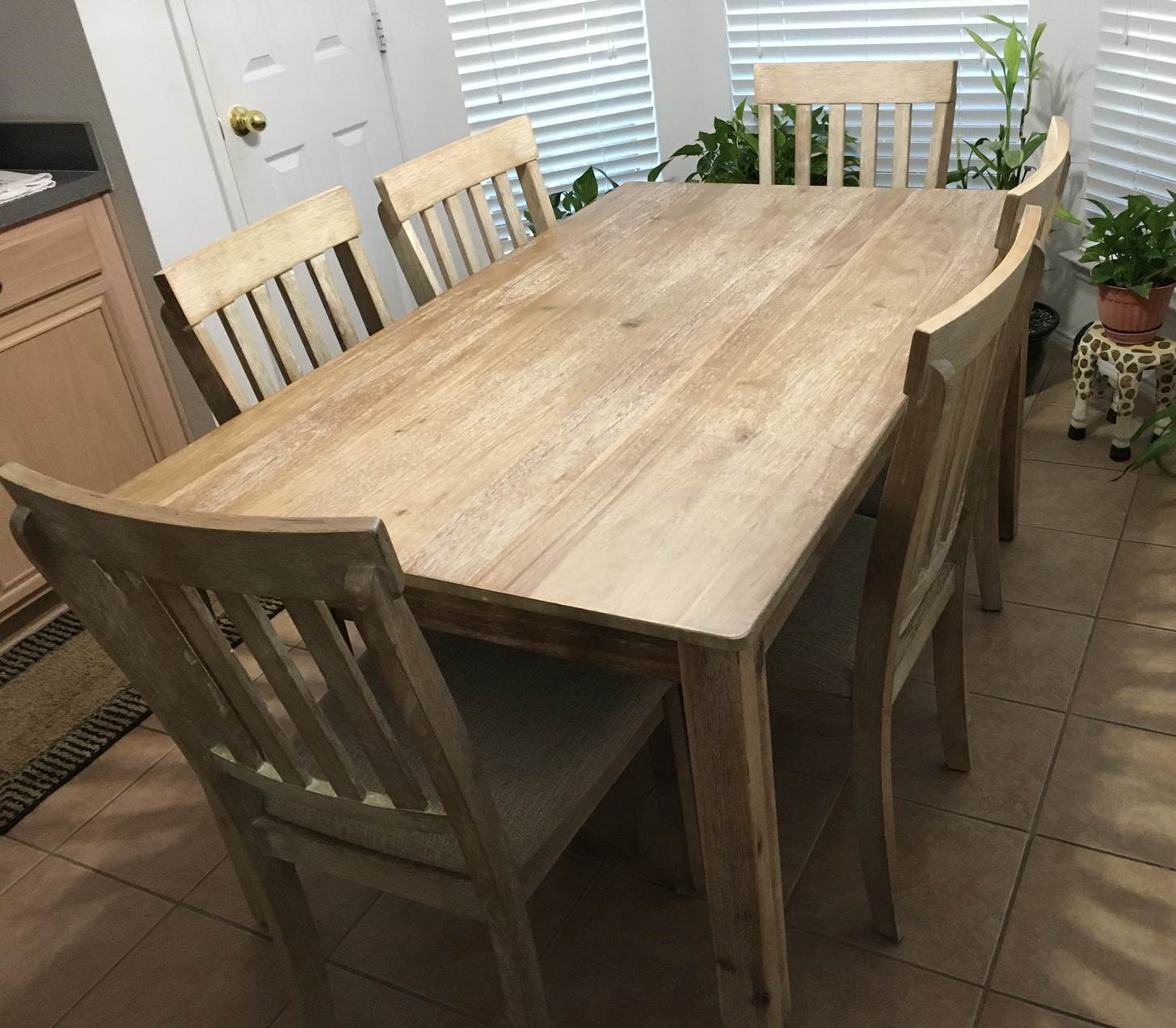 dining table display